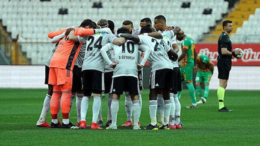 Beşiktaşın kadrosu açıklandı: Üç isim dışında eksik yok