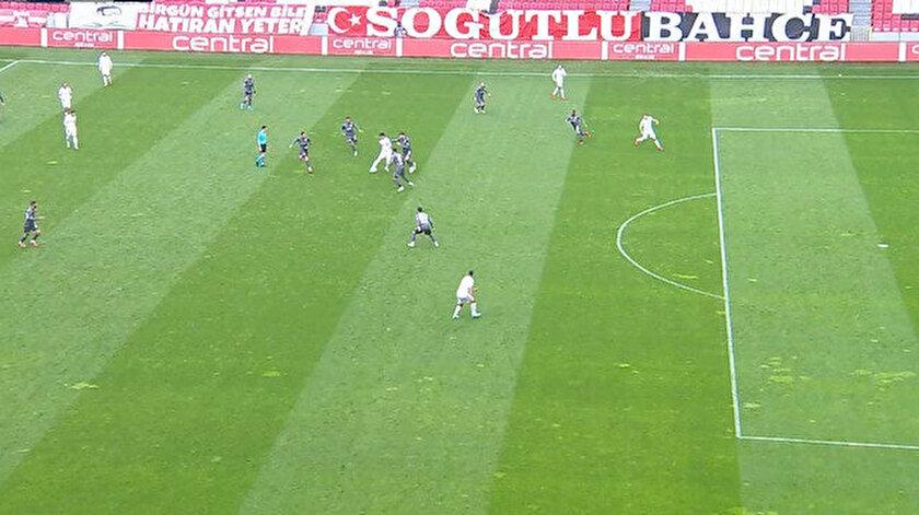 Samsunspor-Balıkesirspor maçında tartışma çıkartan ofsayt kararı
