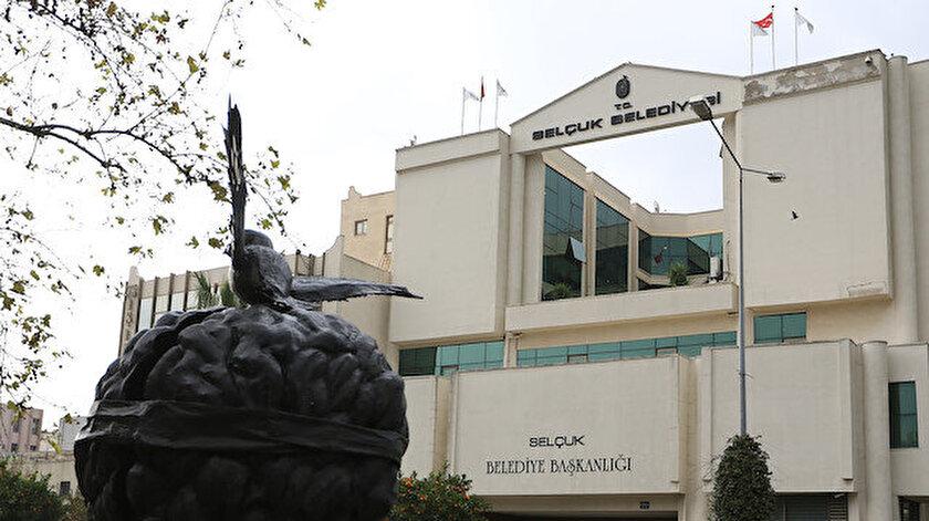 CHPli belediye Türk büyüklerine hakaret etti iddiası