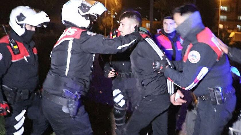 Antalya haberleri: Kısıtlamayı ihlal eden tamirci gençler, ortalığı birbirine kattı