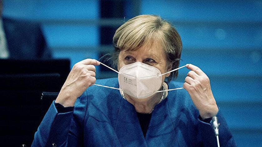Almanya Başbakanı Merkel duyurdu: Koronavirüse karşı acil fren uygulaması