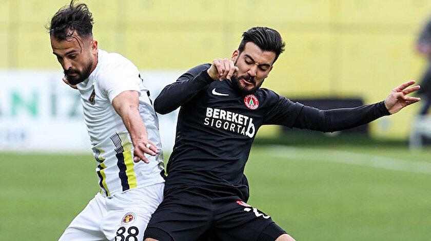 Beşiktaşta Atakan Üner şoku: En az 6 ay yok
