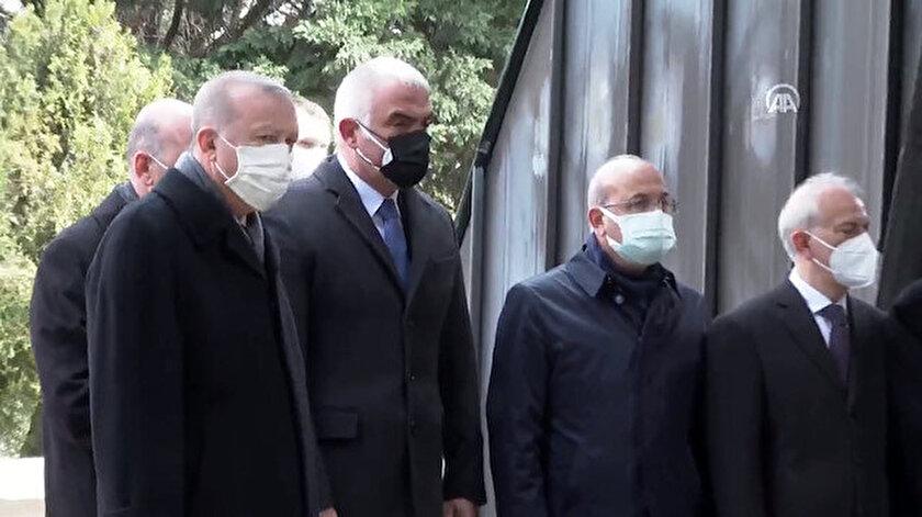 Sekizinci Cumhurbaşkanı Turgut Özal için vefatının 28. yılında kabri başında tören düzenlendi