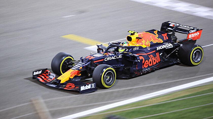 İmola pistinde kazanan Max Verstappen oldu