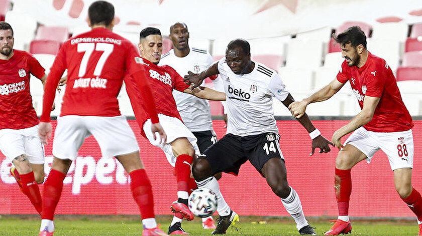 Beşiktaş Sivasspor deplasmanında avantaj tepti: Lider iki haftada 4 puan kaybetti