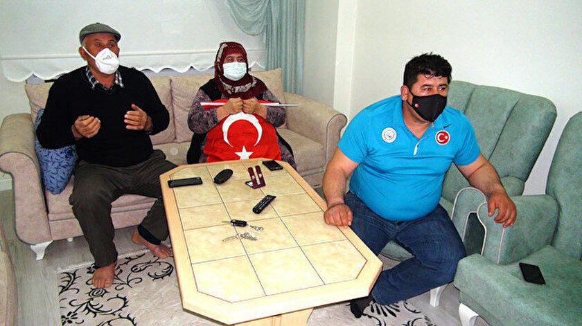 Rıza Kayaalpin şampiyonluk maçını dualarla takip ettiler