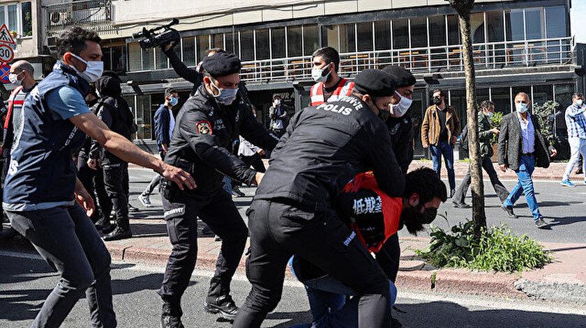 İstanbul Valiliği duyurdu: Taksime yürümek isteyen 212 kişi gözaltına alındı