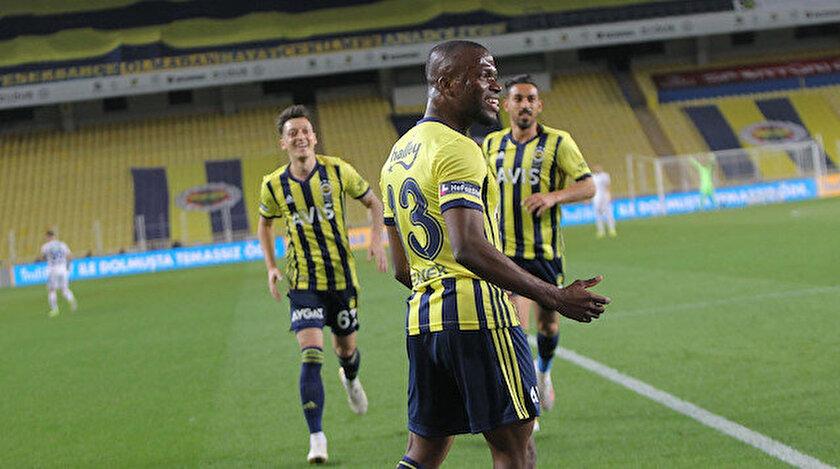 Fenerbahçe şampiyonluk iddiasını devam ettirdi Erzurumspor işini zora soktu