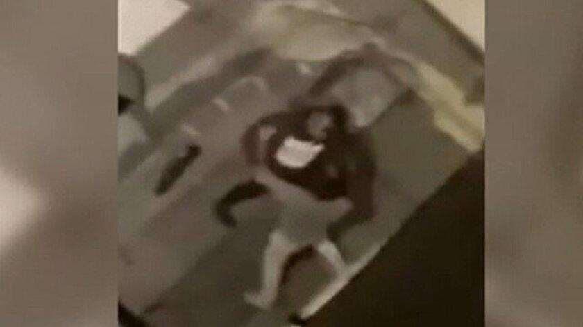 Fransa'da kısıtlamaya uymayan gençlere polisten orantısız güç: Yumruk attığı genci saçlarından sürükledi