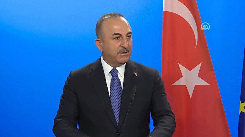 Bakan Çavuşoğlu:  Turistlerin göreceği herkesi mayıs sonuna kadar aşılayacağız
