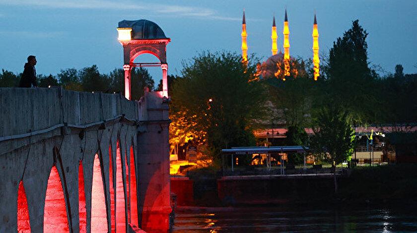 Türk-İslam mimarisinin zirve eseri Selimiye Camisi bu ramazan ayını da sessiz geçiriyor