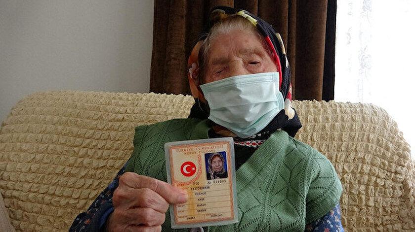 O Trabzon'un en yaşlı annesi 106 yaşında: Ayşe Teyzenin sırrı yöresel ve az yemek
