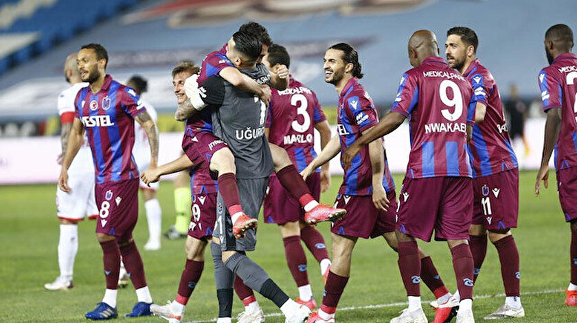 Trabzonspor ligi 4. bitirmeyi garantiledi
