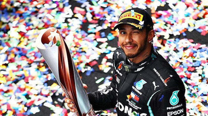 F1 İspanya Grand Prixsinde zafer Lewis Hamiltonın