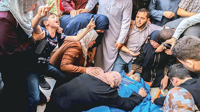 Gazze'de son durum: Gazze'nin 30 şehidi var  - Yeni Şafak