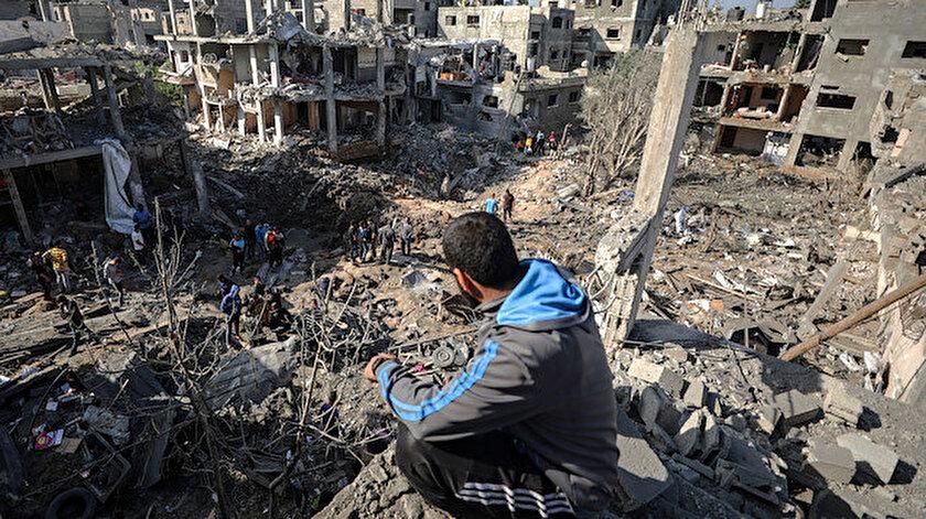 İşgalci İsrailin Gazze Şeridine saldırılarında hayatını kaybedenlerin sayısı 200e çıktı