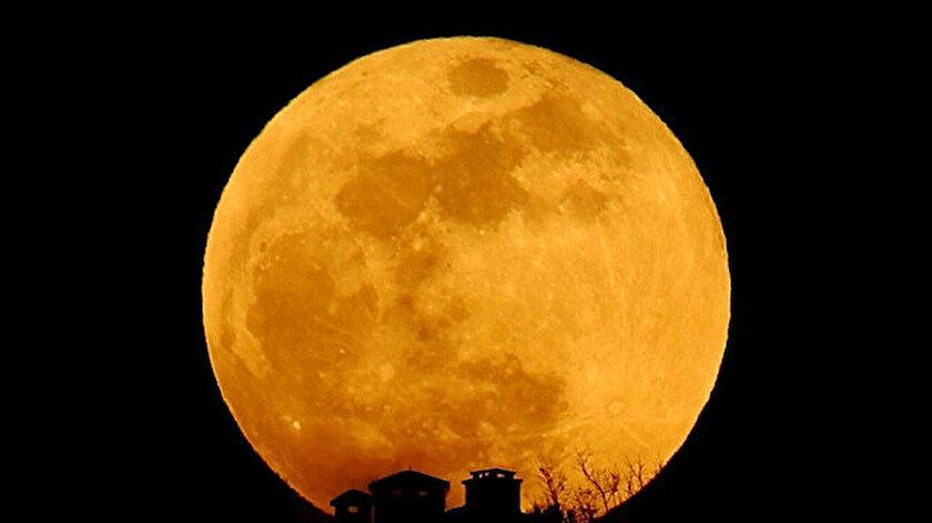 Süper Çiçek Kanlı Ay tutulması ne zaman?