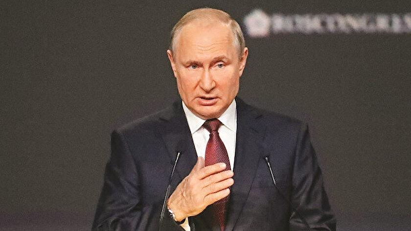 Rusya lideri Putin ABDyi hedef aldı: Doları silah gibi kullanıyor