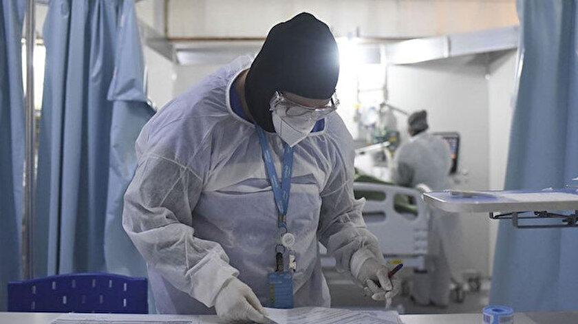 Ağır hasta sayısı son bir ayda üçte birden fazla azaldı