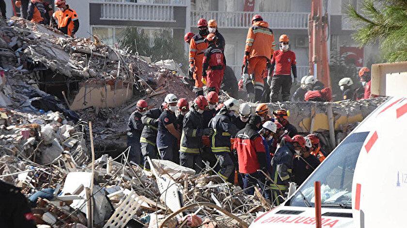 İzmir depreminde 32 kişinin can verdiği Emrah Apartmanının müteahhidinin oğluna takipsizlik kararı