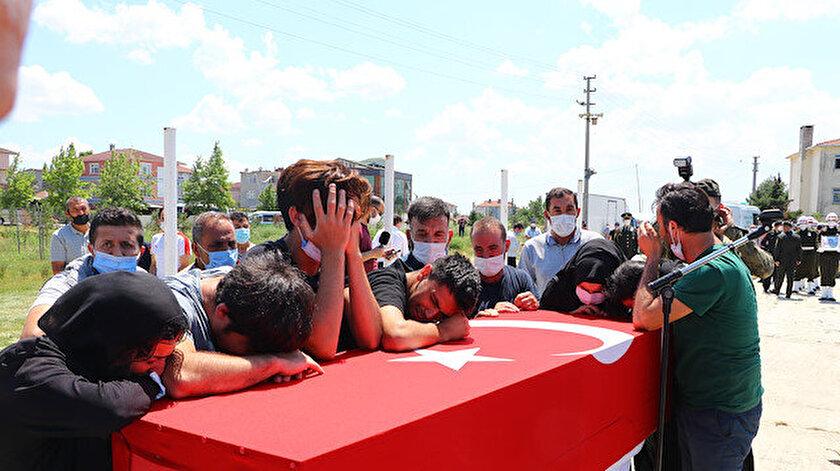 Şehit piyade er Rıdvan Sağdıça gözyaşlarıyla veda