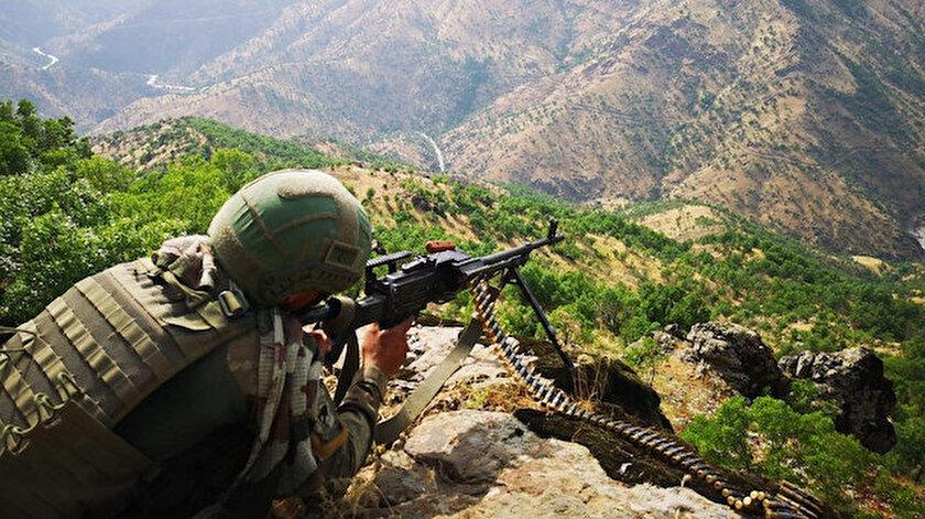 Son dakika: Pençe operasyonları kapsamında 5 PKK'lı terörist etkisiz hale getirildi - Yeni Şafak