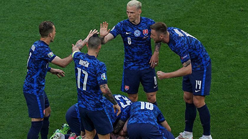 Slovakyadan 3 puanlı başlangıç: Tüm gözler Marek Hamsikin üzerindeydi