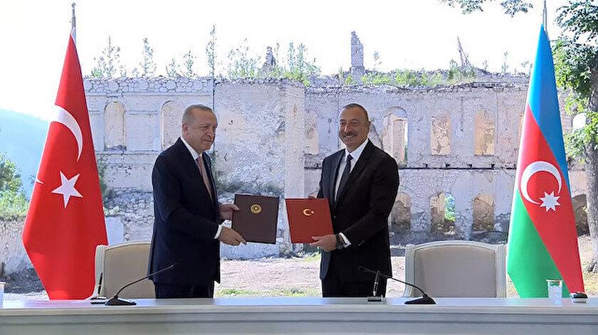 Erdoğan ve Aliyev Karabağda Şuşa Beyannamesini imzaladı
