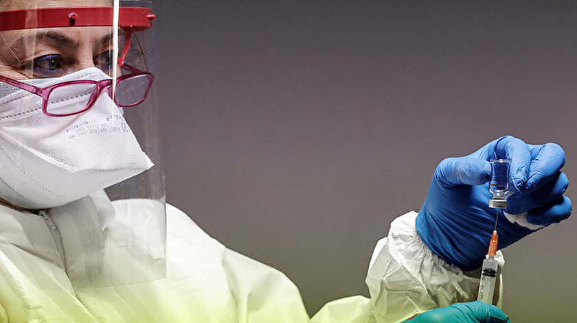 Hangi aşı daha etkili: Sinovac mı Biontech mi?