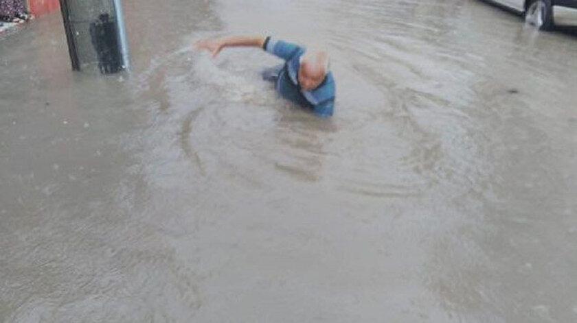 En çok heykel olan şehirde sokaklar sele döndü