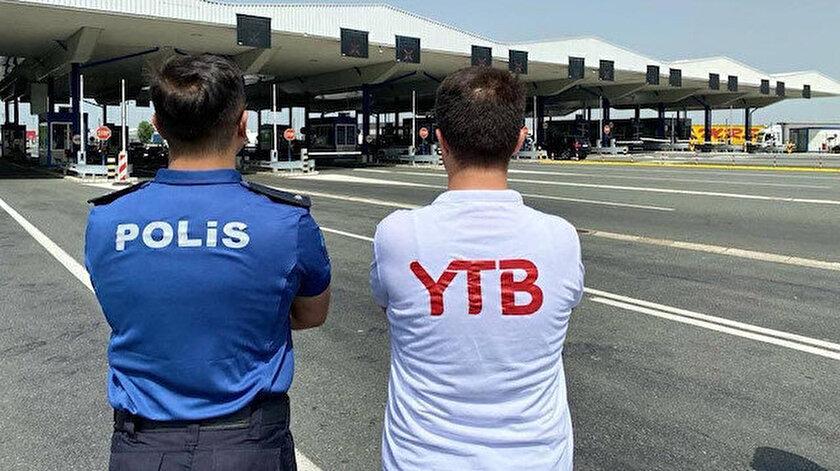 Avrupadaki vatandaşlar Türkiye yolunda bu yıl da yalnız değil   YTB Türk vatandaşlarını bu sene de Sırbistanda karşılıyor