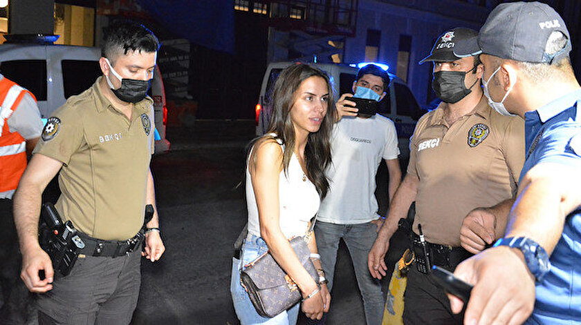 Oyuncu Ayşegül Çınar polise kafa atıp tehditler savurmuş: Sizi tek tek vurdurtacağım (Ayşegül Çınar kimdir?)
