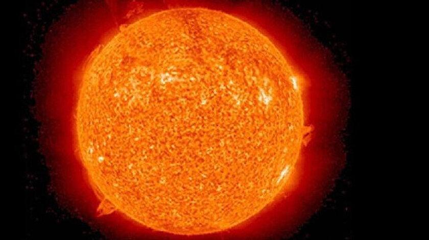 Güneş fırtınası dünyayı vuracak: Cep telefonu sinyallerini etkileyebilir