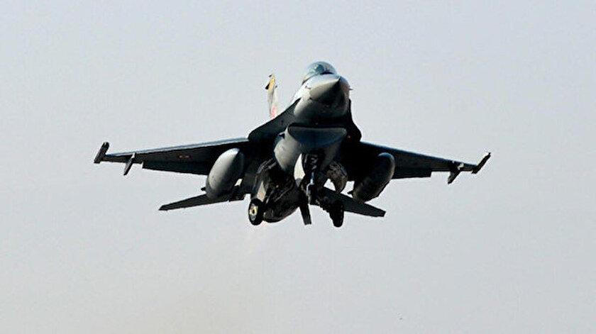 Türkiyeye ait F-16lardan NATO görevi kapsamında ilk alarm reaksiyonu