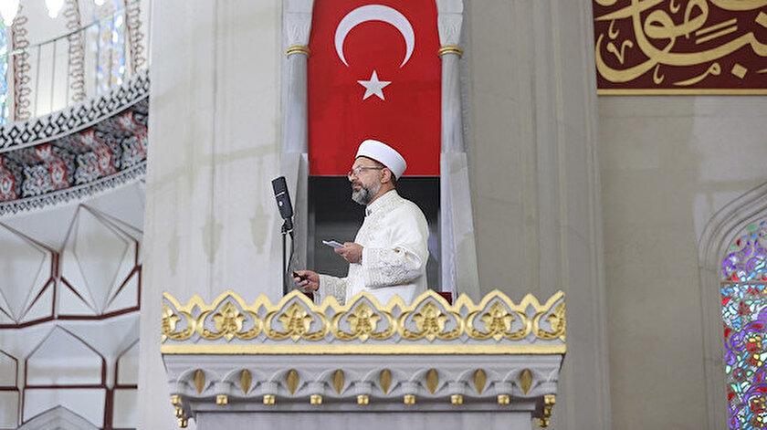 Diyanet İşleri Başkanı Ali Erbaştan Hala Sultan Camii'nde bayram hutbesi
