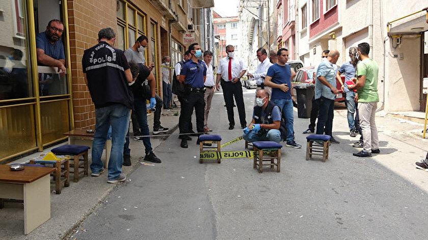 Bursada balkondan ateş açtı: Kahvehane önünde çay içeni vurdu