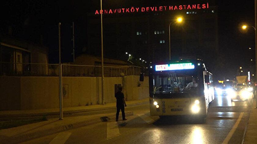İETT otobüsünün yakıtı bitince trafik durma noktasına geldi