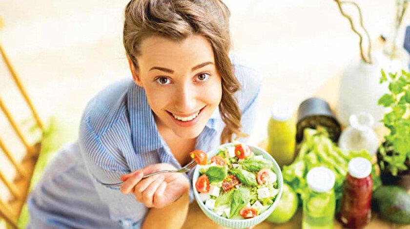 Diyet Uzmanı Tuba Örnekten tatilde sağlıklı beslenmenin yolları