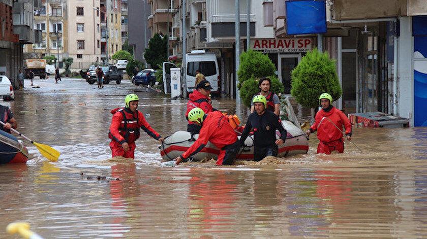 Aile ve Sosyal Hizmetler Bakanlığından Artvindeki sel felaketi için 5 milyon TLlik kaynak