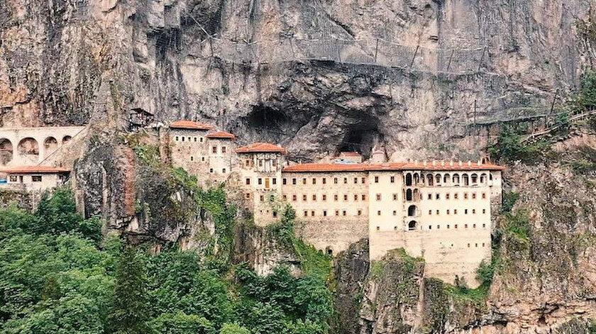 Trabzon haber: Sümela Manastırı'nı 3 haftada yaklaşık 30 bin kişi ziyaret etti