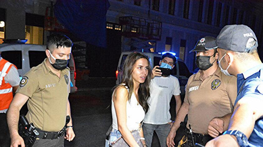 Karaköyde ortalığı birbirine katmışlardı: Oyuncu Ayşegül Çınar ile Furkan Çalıkoğlu için istenen ceza belli oldu (Ayşegül Çınar kimdir?)