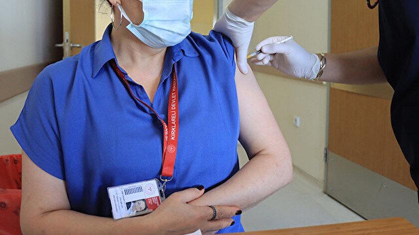 İlk doz aşısını yaptırmayanların sayısı 22 milyon 124 bin 434'e indi