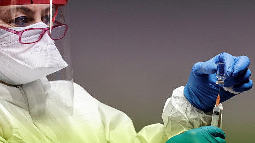 Vakalar patladı yetkililer harekete geçti: New Yorkta aşı zorunluluğu