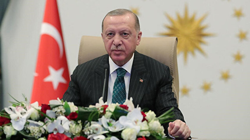 Cumhurbaşkanı Erdoğan, Mete Gazozu tebrik etti: Tarihi yeniden ayağa kaldırdın