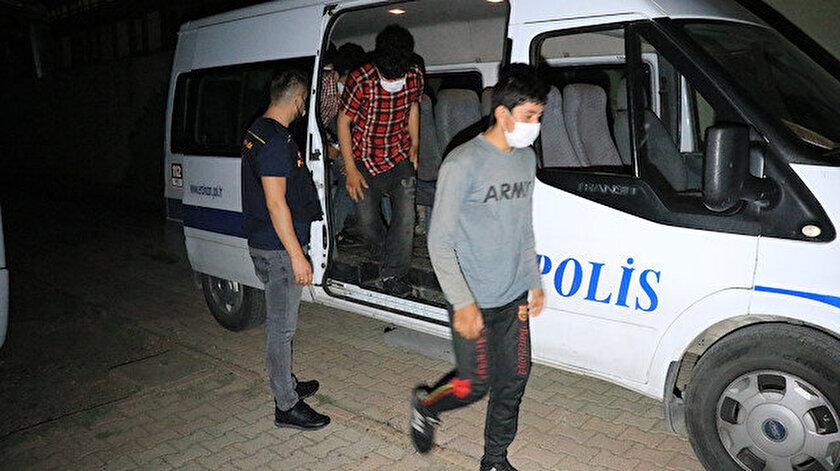 Altı düzensiz göçmen Erzincanda yakalandı