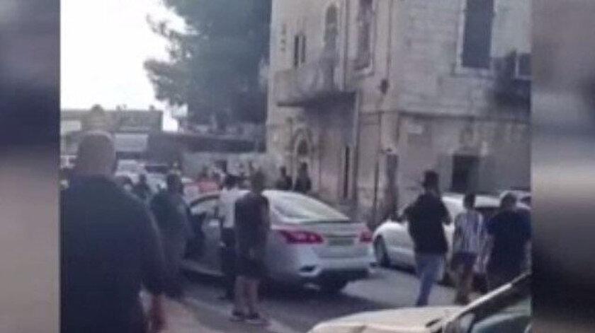 Kudüste İsrailli yerleşimci otomobiliyle Filistinli genci ezdi