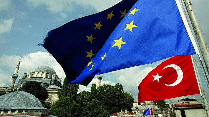 The Economist dergisi: Avrupalılar Müslüman Türkiyeyi ABde istemiyor