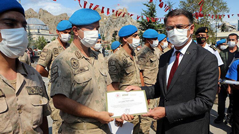 Kastamonudaki selde görev yapan Boralar ve Kurtlar taburlarına teşekkür belgesi verildi