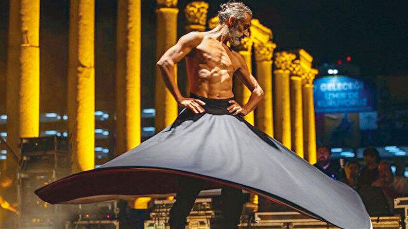 İzmirde çıplak semazen ney ve oyun havasıyla dans etti: CHPli belediyeye tepki yağıyor