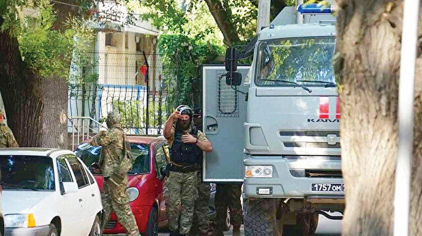 Kırıma Rusya kıskacı